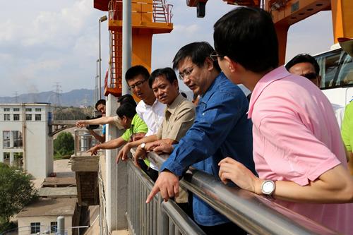 柬埔寨人民党高级干部考察团到刘家峡水电厂参观考察