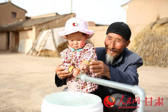 甘肃:引来洮水暖民心