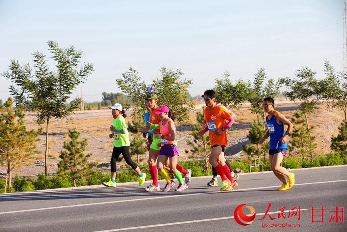 墨西哥等国家及国内北京,浙江,重庆,云南等地区的3500多名跑步爱好者