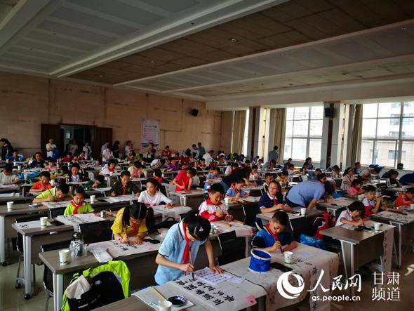 """""""中国民俗文化东盟行""""活动在雅加达举行"""