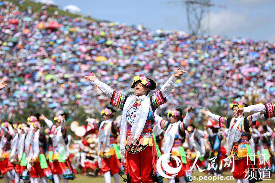 """""""一會一節""""絲綢之路旅游商品展在甘南舉行"""
