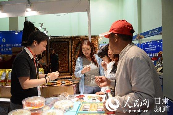 """""""一會一節""""絲綢之路旅游商品展在甘南舉行【4】"""
