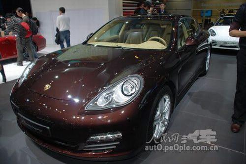 2010广州车展现场直击 保时捷panamera高清图片