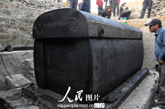 农村坟墓内棺设计图片